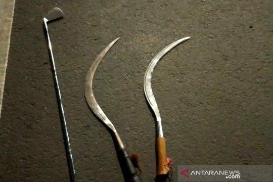 Seorang pemuda di Karang Anyar Jakarta Pusat tersabet celurit