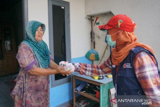 PMI Kota Tangerang sudah salurkan 50.000 masker