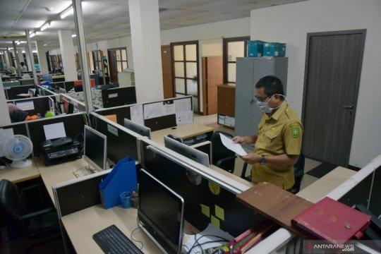 Tiga pegawai positif COVID-19, Pekanbaru tutup satu kantor camat