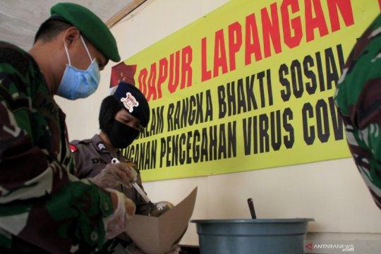 Polda NTT-TNI dirikan dapur lapangan untuk warga terdampak COVID-19