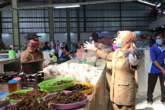 Cegah Corona, di pasar ini pedagang wajib cuci tangan 4 jam sekali