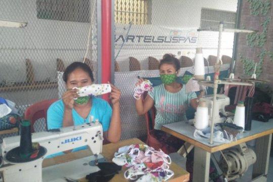 Hari Kartini, Lapas Perempuan Denpasar buat dan sumbang 500 masker