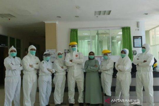 Perjuangan para kartini di Jember menangani pasien COVID-19