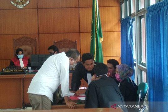 Dosen Unsyiah divonis tiga bulan penjara karena pencemaran nama baik