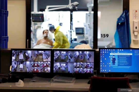 Suasana ruang ICU perawatan pasien COVID-19