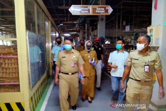 Kemarin, penutupan usaha hingga Kartini di tengah pandemi COVID-19