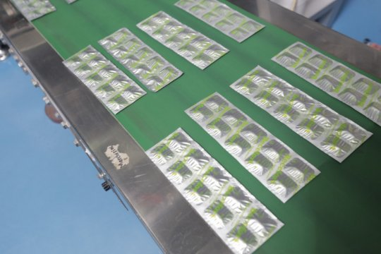 Permintaan naik saat COVID-19, Phapros produksi sejuta boks vitamin
