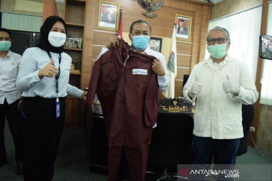 Pemkot Palu terima bantuan Bank Sulteng untuk penanganan COVID-19