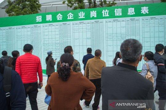 Wuhan buka bursa kerja untuk imbangi dampak COVID-19