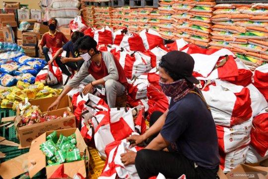 Anies: 98,4 persen bansos terdistribusi dengan baik