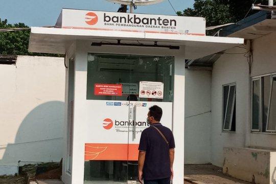 Gubernur Banten pindahkan kas umum daerah dari Bank Banten ke Bjb