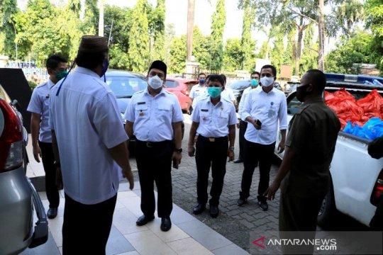 Pemkot Tangerang salurkan bantuan warga berstatus PDP COVID-19