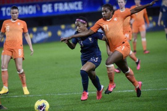 Kejuaraan Sepak Bola Eropa Putri 2021 mundur ke Juli 2022