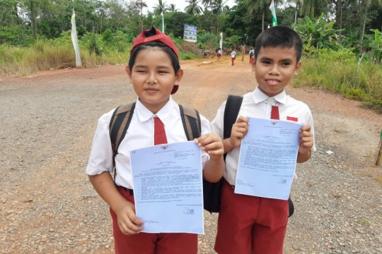 """Rano """"Si Doel"""" Karno ajak siswa optimalkan Rumah Belajar Kemendikbud"""