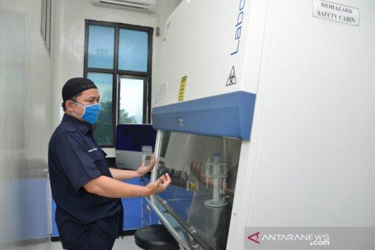 """Uji """"swab"""" perdana 56 sampel dimulai di laboratorium BPOM Gorontalo"""