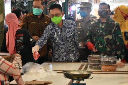 Pontianak wajibkan pedagang-pengunjung pasar tradisional pakai masker