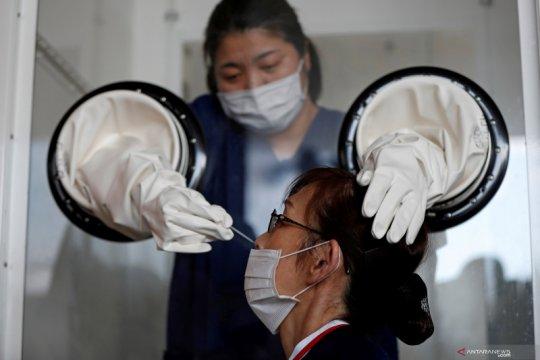 Lebih dari 90 persen tempat tidur pasien COVID-19 di RS Tokyo terisi
