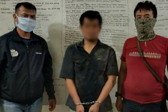 Polisi di Simalungun ringkus pencuri sepeda motor saat minum tuak