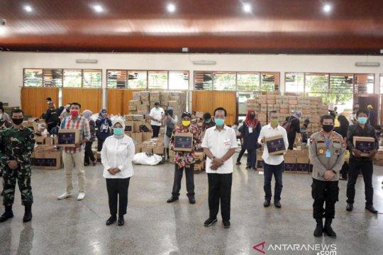 Kemenparekraf serahkan bantuan untuk pekerja pariwisata DI Yogyakarta