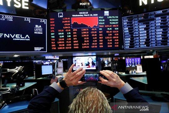 Pengamat: Pandemi Covid-19 lumpuhkan ekonomi global di luar prediksi