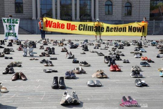 Protes perubahan iklim dihadiri ratusan pasang sepatu