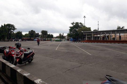 Terminal Kalideres lengang setelah pemberlakuan larangan mudik