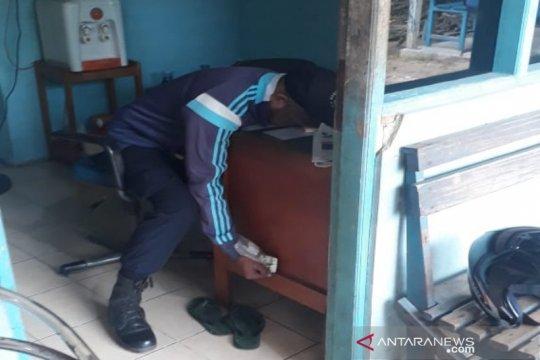 Polsek Banjarmasin Tengah selidiki temuan mayat lelaki di kantor PDAM
