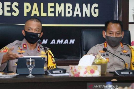 Polrestabes Palembang bantu sosialisasikan PSBB