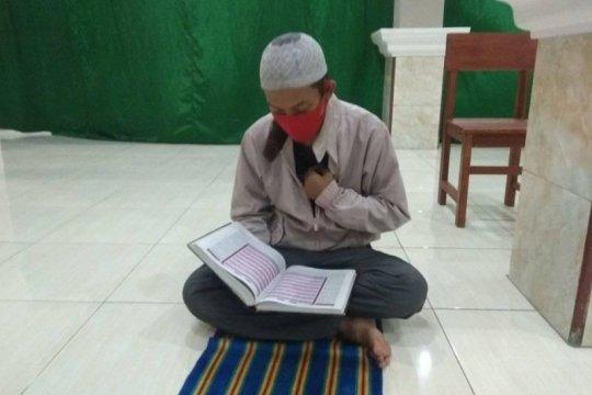 Peserta tadarus Masjid Persis Rangkasbitung wajib gunakan masker