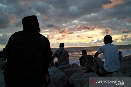Jamaah Satariyah Padang Pariaman maniliak hilal tentukan awal Ramadhan