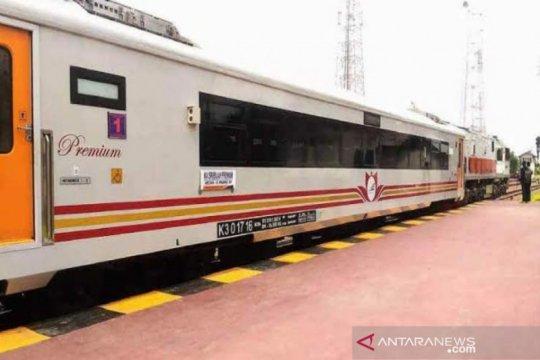 KAI Sumut hentikan semua perjalanan kereta api jarak menengah