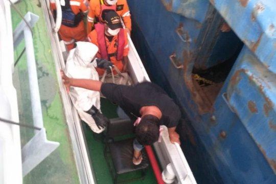 KMP Mutiara Sentosa mati mesin, Basarnas Lampung evakuasi penumpang