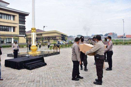 3.600 paket bahan pokok disalurkan Polresta Sidoarjo menjelang PSBB