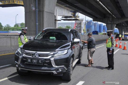 Penyekatan jalan tol Jakarta - Cikampek