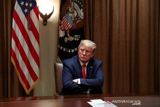 Trump bantah laporan rencana pemecatan menkes