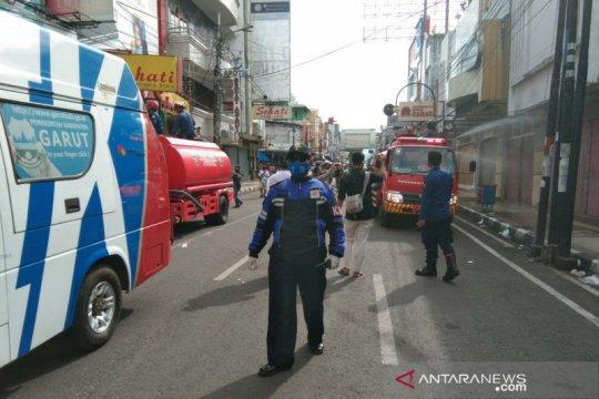 Cegah COVID-19, Jalan perkotaan Garut ditutup selama 14 hari