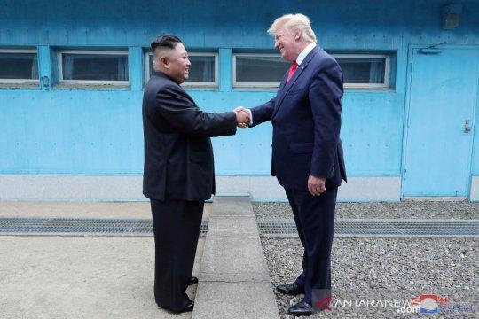 """Trump: """"Saya senang melihat Kim kembali dan dalam kondisi sehat!"""""""