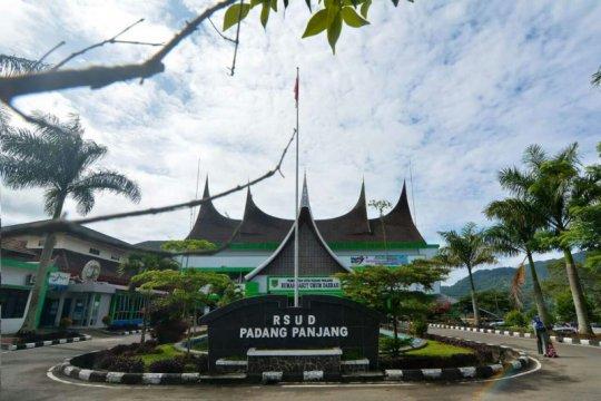 Layanan di RSUD Padang Panjang ditutup sementara waktu
