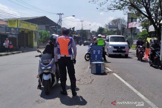 Polisi sebut sudah ada 3.682 kendaraan yang dihalau masuk Jawa Barat