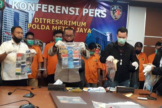 Polda Metro Jaya tangkap delapan pencuri bermodus ganjal ATM