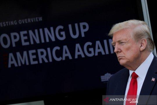 Pemerintah Trump mulai lucuti hak istimewa Hong Kong