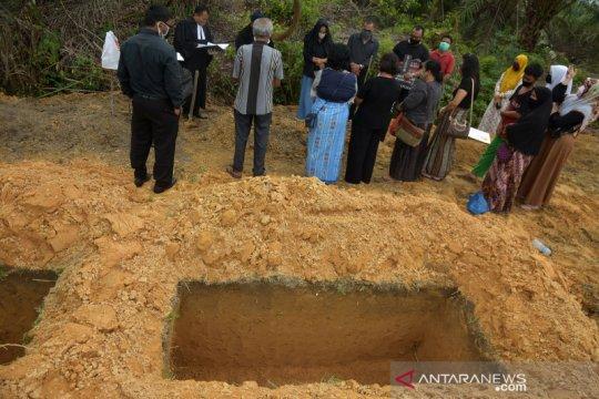 Pemakaman khusus korban COVID-19 di Pekanbaru