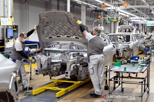 Sekitar 100 karyawan Volkswagen di Meksiko positif COVID-19
