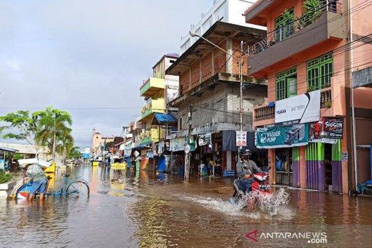 Barito Utara Kalteng  kembali terendam banjir luapan sungai Barito