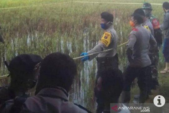 Polres HST selidiki mayat tergeletak di sawah Desa Ayuang