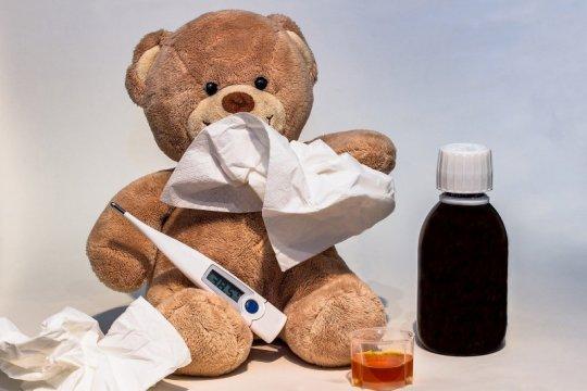 Demam, pilek, batuk, atau diare? Ini tanda kapan anak harus ke dokter