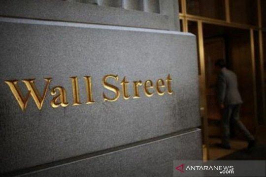 Wall Street jatuh karena aksi ambil untung di tengah data suram