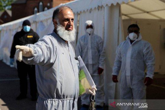 Inggris: Tingkat kematian COVID-19 di kelompok Muslim, Yahudi tinggi