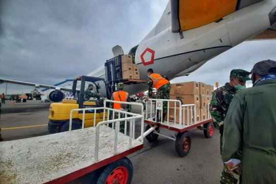 Boeing 737 angkut 5.800 APD ke Provinsi Kepri