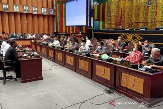 DPRD Kota Pekanbaru tampung keluh kesah warga terkait PSBB